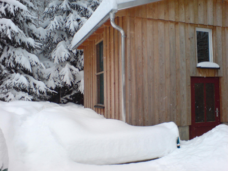 Dachhoshaisl im Schnee